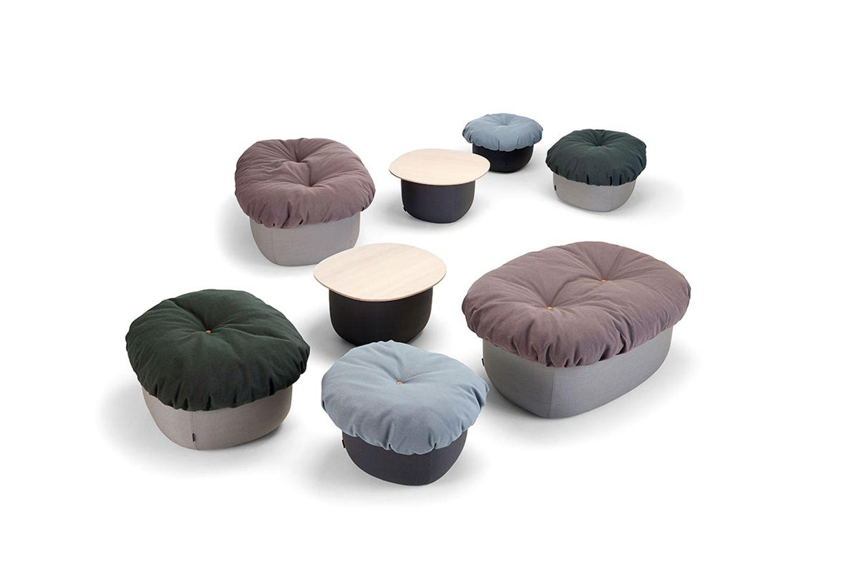 """Sitzpuff und Tisch """"Soufflé"""" von Offecct"""