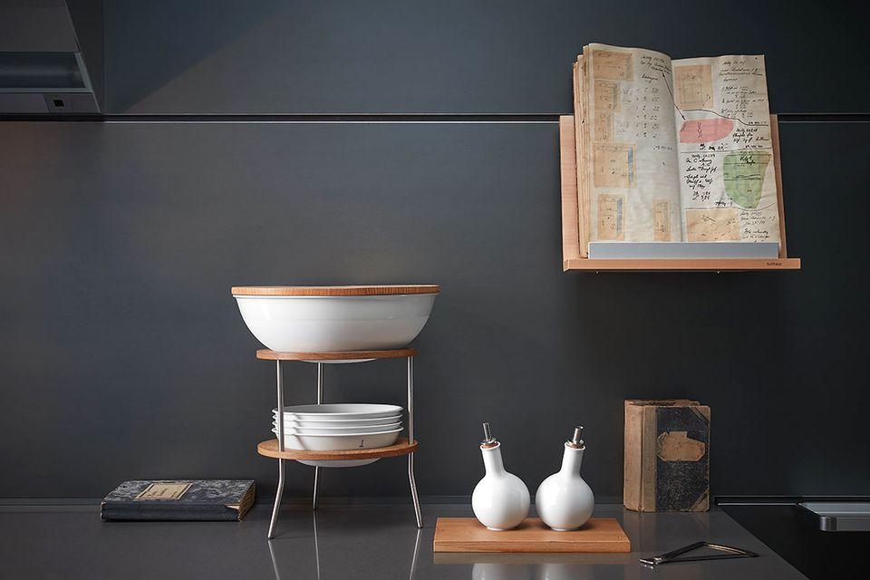 """Schalenturm """"Tripod"""" von der Königlichen Porzellan-Manufaktur Berlin"""
