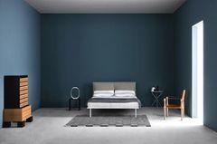 """Bett """"Coverbed"""" von Anna von Schewen für Zanotta"""