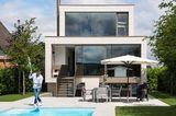 Haus des Jahres 2016: Modernes Einfamilienhaus - Garten mit Pool