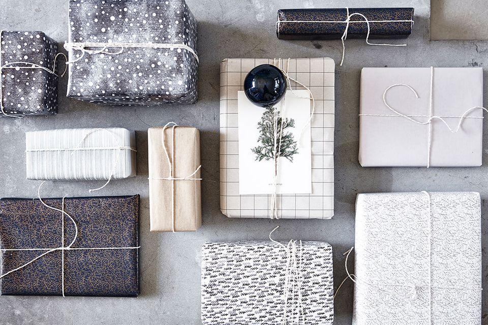 Weihnachtliches Geschenkpapier von House Doctor