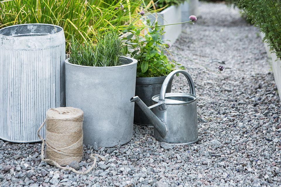 Pflanztöpfe von Granit