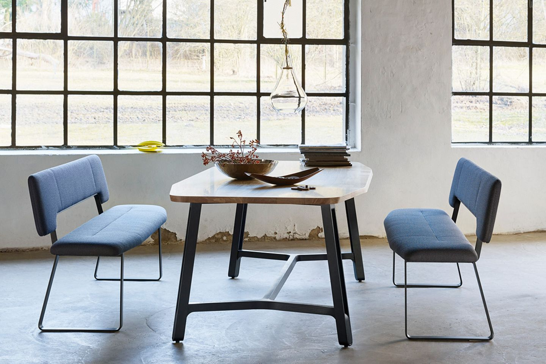 """Tisch """"S 1092"""" von Thonet"""