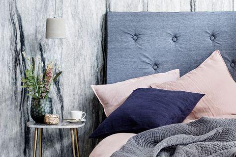 Herrlich gemütlich - in so einem Bett kann man den Wohlfühltrend ausgiebig zelebrieren.