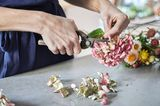 Blumenkranz binden: Schritt 3