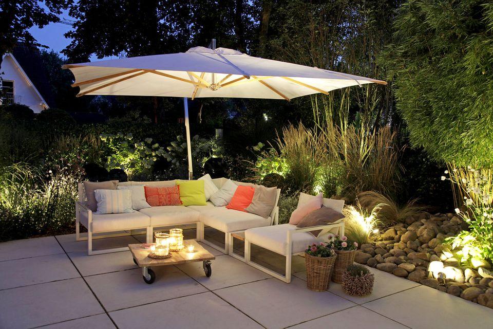 Garten und Terrasse mit Licht gestalten