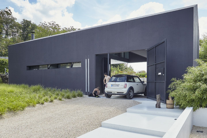 Architektenhaus: Ferienhaus aus Leichtbeton - Garage