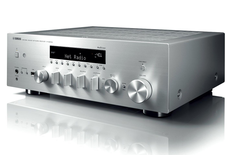 """Stereo total: Verstärker """"R-N803D"""" von Yamaha"""