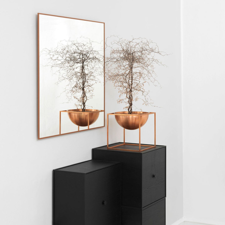 """Wandspiegel """"View"""" und Schale """"Kubus Bowl"""" von By Lassen"""