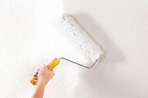 Wandfarben: Welches Weiß deckt am besten