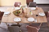 Tisch aus der SCHÖNER WOHNEN-Möbelkollektion