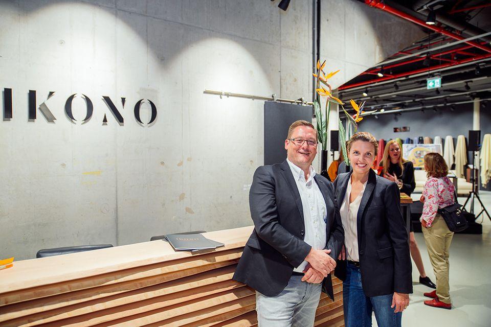 SCHÖNER WOHNEN-Chefredakteurin Bettina Billerbeck mit Ikono-Geschäftsführer Olaf Kramm.