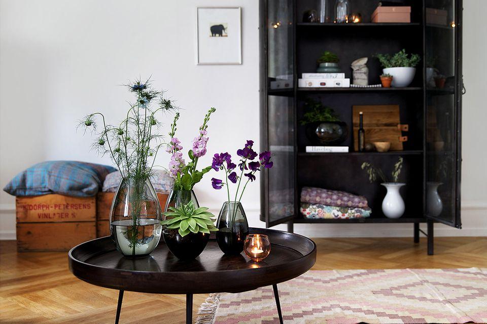 """Vasen """"Cocoon"""" von Holmegaard"""