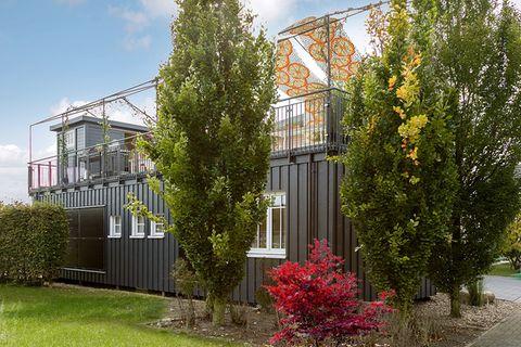 """Mini-Fertighaus """"Green Living Space"""" von SchwörerHaus"""