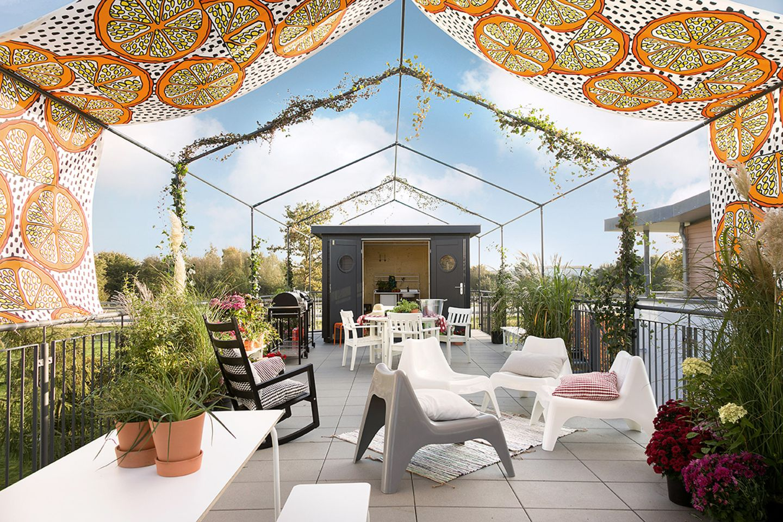 """Dachterrasse des """"Green Living Space"""" von SchwörerHaus"""