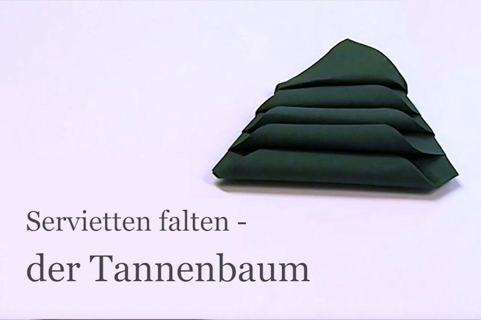 Servietten falten: Tannenbaum