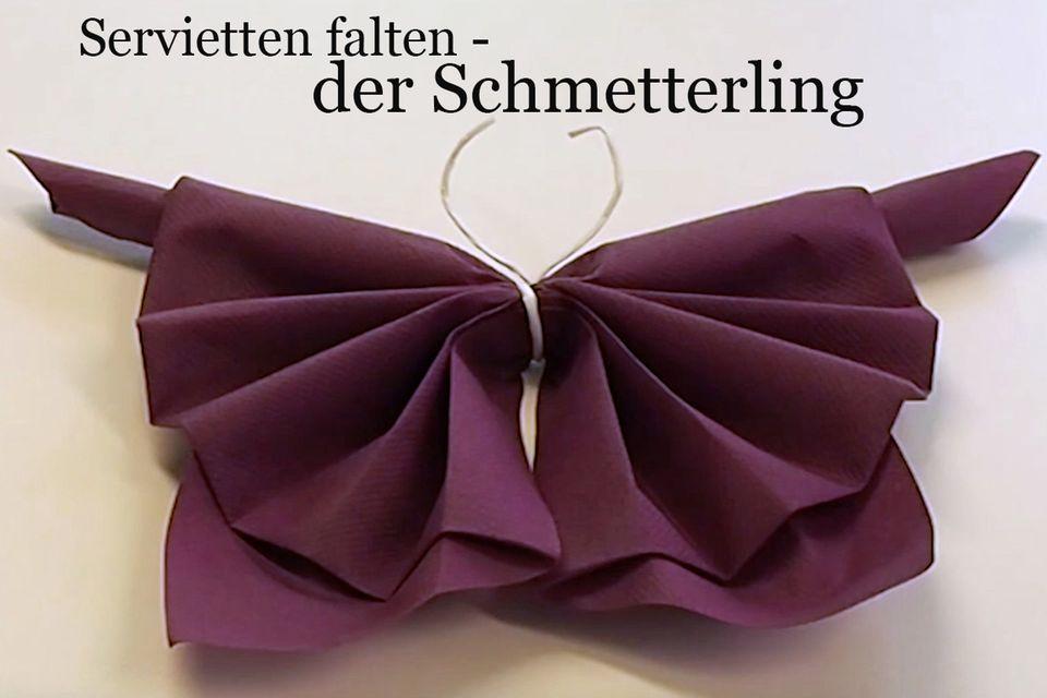 Servietten falten: der Schmetterling