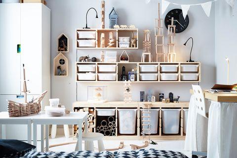 Kinderzimmer mit cleverem Ordnungssystem von Ikea