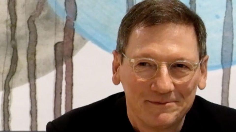 Produktmanager Simon Barth von Freistil Rolf Benz