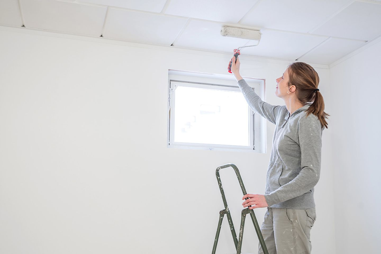 Tipps für Wände weiß streichen - Decke nicht vergessen