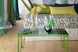 Florale und grüne Muster im Gästezimmer