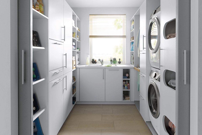 Hauswirtschaftsraum mit U-Lösung von Schüller