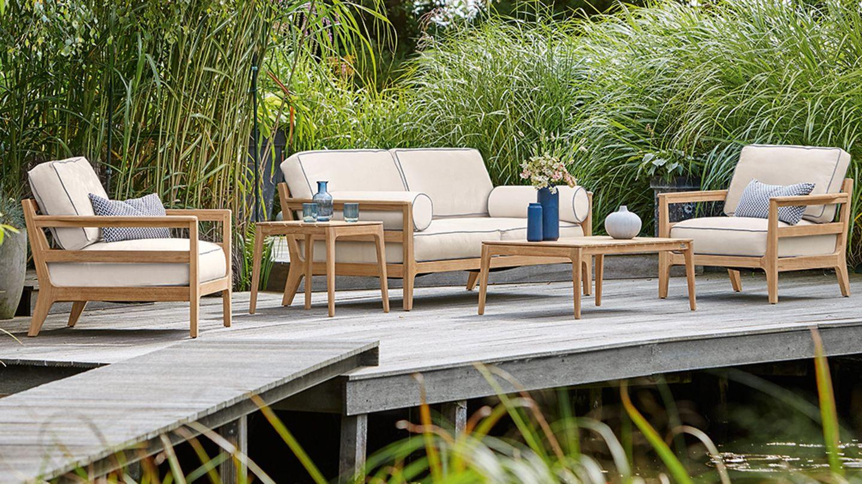 Loungeecke im Garten – wetterfeste Loungemöbel   [SCHÖNER WOHNEN]