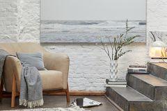 Wohnen in weiß - Weiße Wand kombiniert mit Beigetönen, Grau und Holz