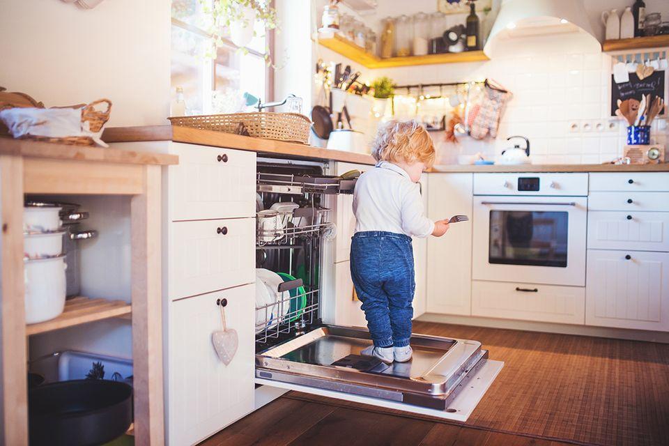 Kochen und backen mit Kindern - Sicherheitstipps