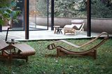"""Chaiselongue """"Tokyo 522"""" wahlweise aus Bambus oder Teak von Cassina"""