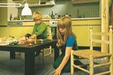 Einbauküche mit Kindern im Miele-Katalog, 1975