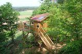 Baumhaus mit Veranda