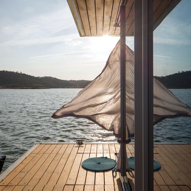 Terrasse mit Aussicht auf dem Hausboot