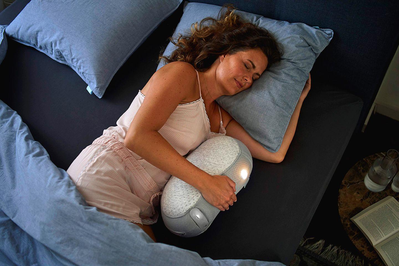 Schlafroboter von Somnox und Auping