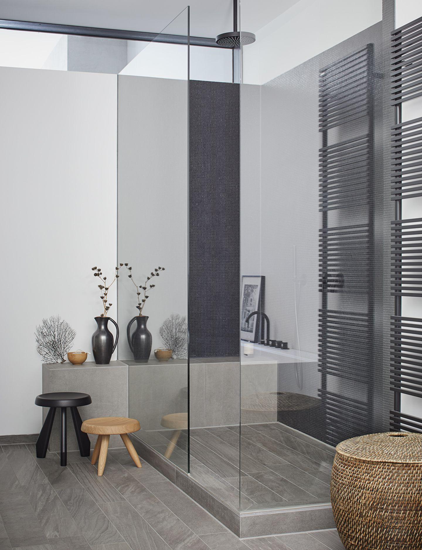 Erhellend   Lichtband im Badezimmer   Bild 20   [SCHÖNER WOHNEN]