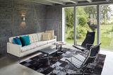 Wohnzimmer mit Flickenteppich