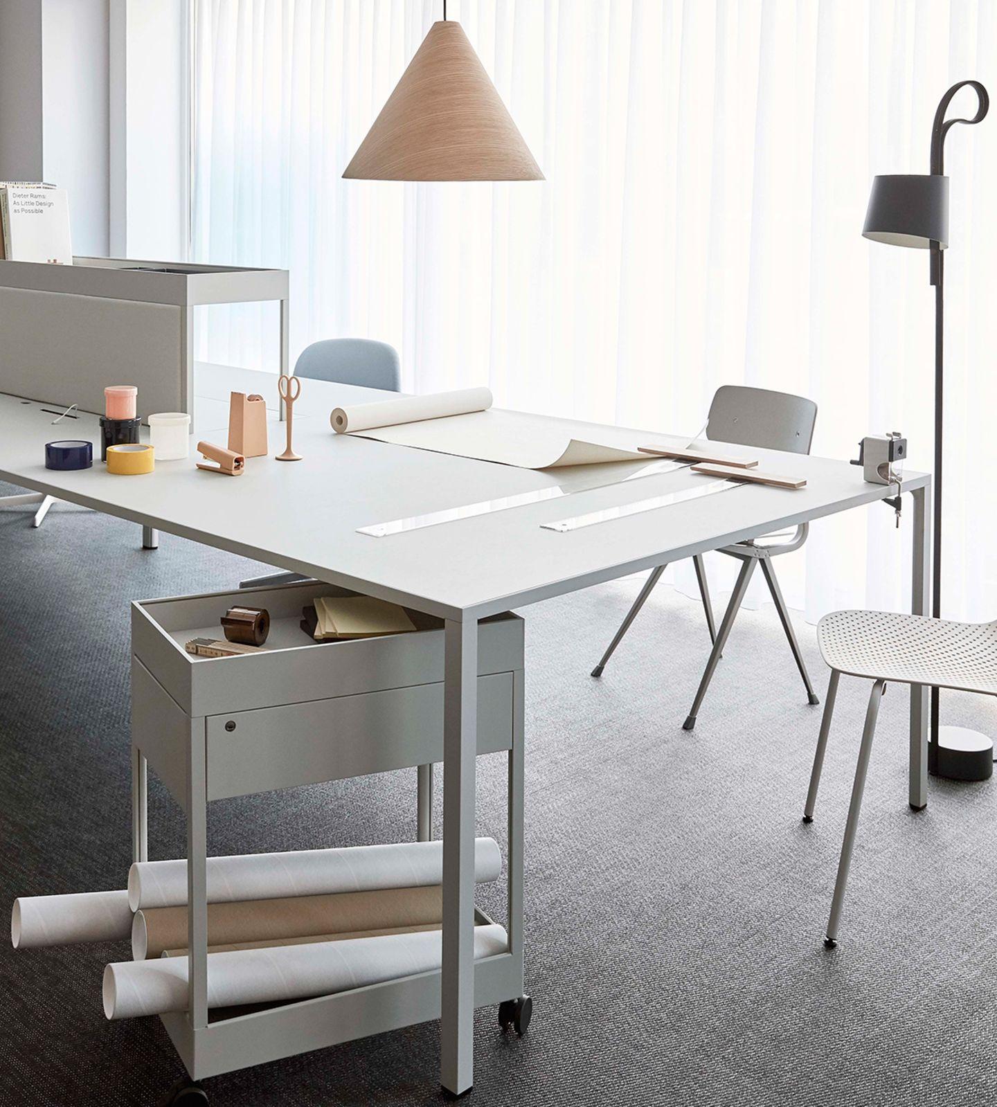 """""""New Order Desk"""" von Menu"""