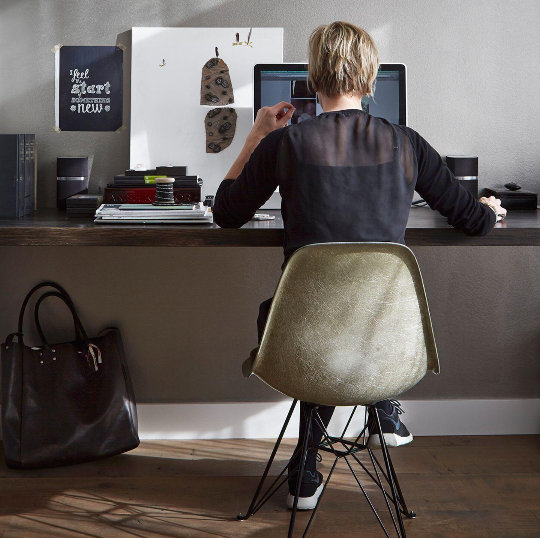 Frau im Home Office