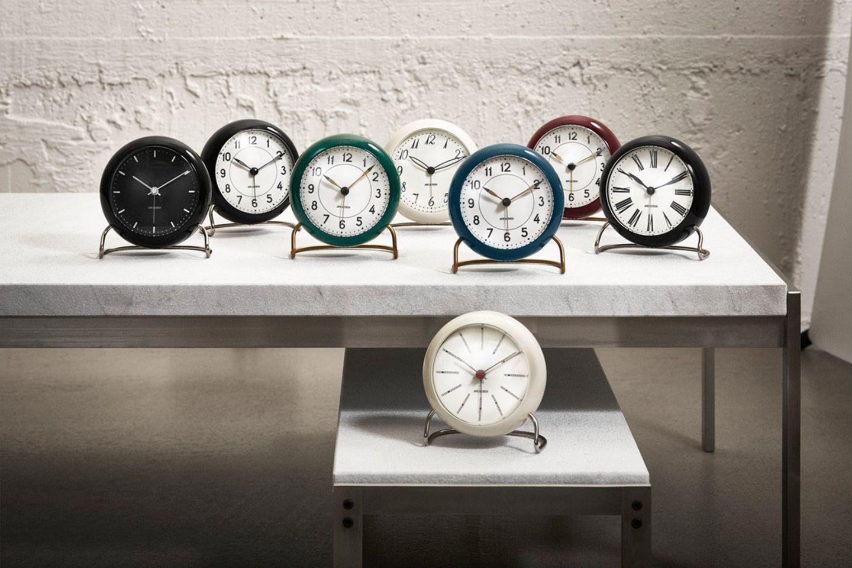 """""""Station Table Clock"""" von Arne Jacobsen"""