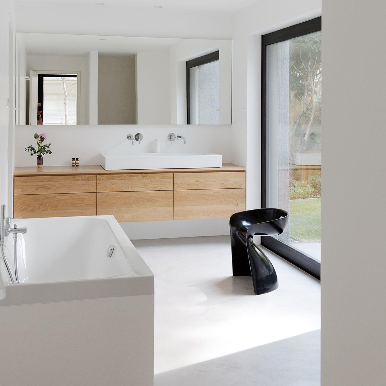 Doppelgiebelhaus: Umbau ermöglicht großes Badezimmer