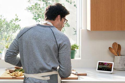 Smart-Home-Systeme: Google Nest Hub - Kochen