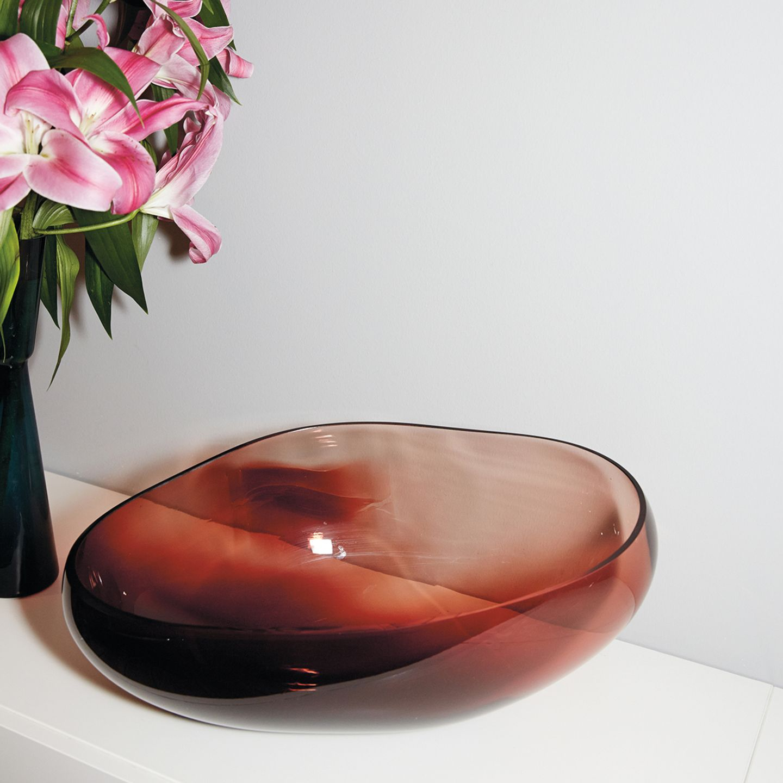 "Schale ""Supernova"" aus bordeauxrotem Kristallglas"