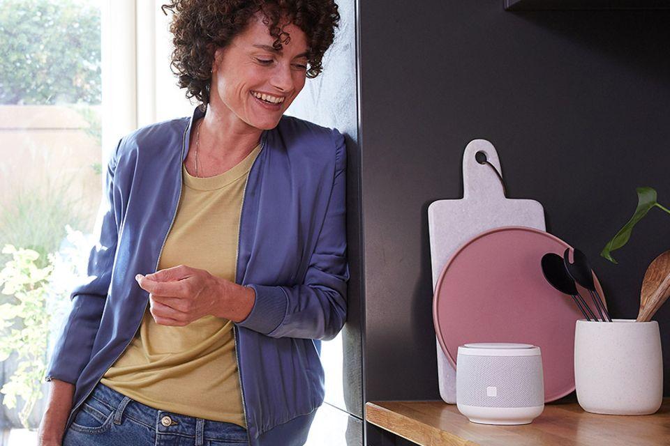 """Sprachassistent: """"Smart Speaker"""" von der Telekom"""