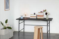 Schreibtisch aus Eschenholz