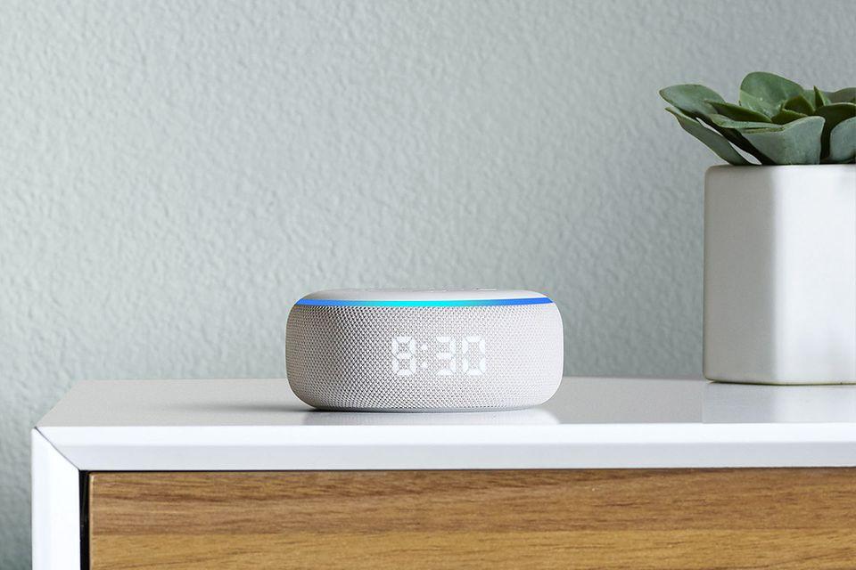 """Das Auge hört mit: """"Echo Dot"""" mit Display von Amazon"""