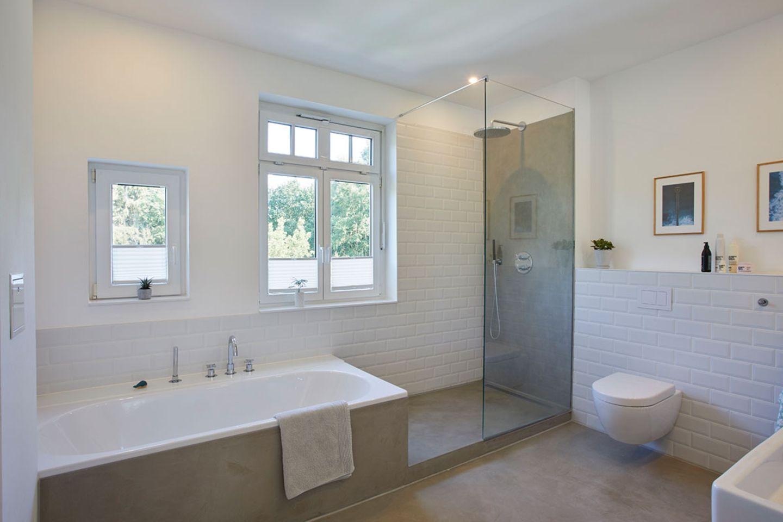Badezimmer im Obergeschoss   Bild 20   [SCHÖNER WOHNEN]