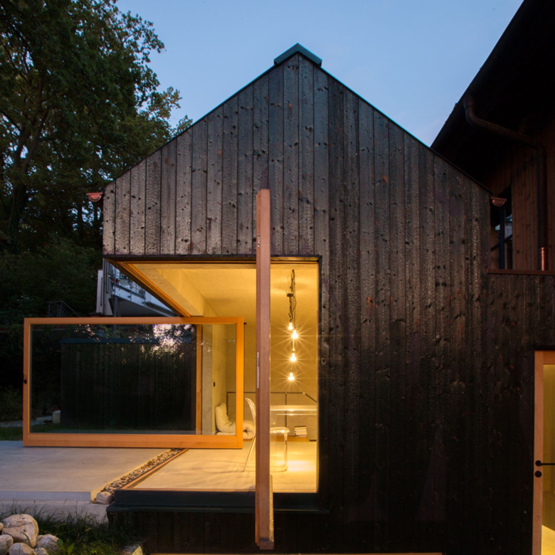 Häuser Award 2020 - Schwarzes Haus am Ammersee