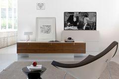 """Mediasystem """"Balance"""" von Mobimex in einem modern eingerichtetem Wohnzimmer"""