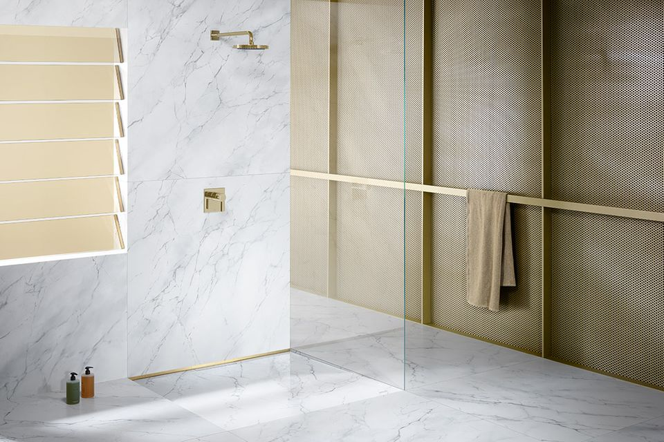 Bodengleiche Dusche mit Duschrinne von Dallmer