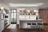 """Kücheninsel """"Classic"""" von Siematic mit integriertem Küchentresen"""
